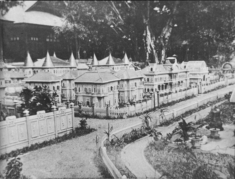 ดุสิตธานี เมืองประชาธิปไตยจิ๋ว แบบทดลองระบอบการปกครองใหม่ของ ร.6 เมื่อร้อยกว่าปีก่อน