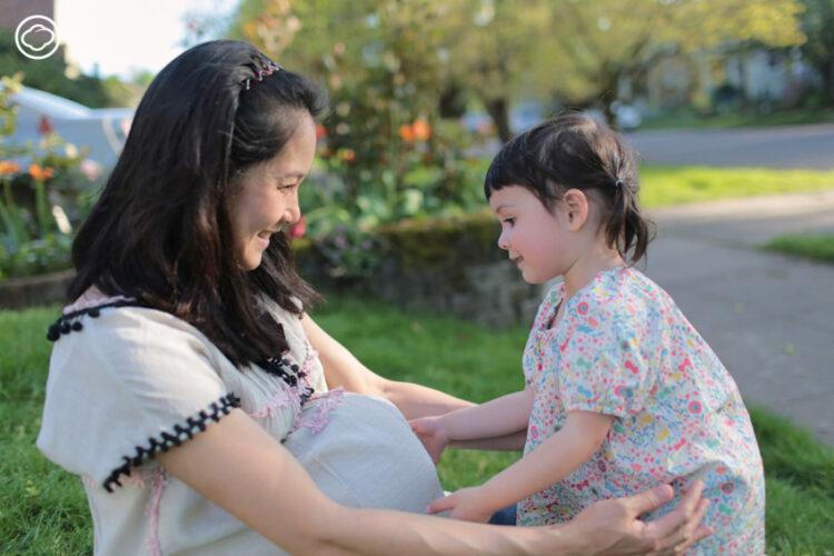 อุ้ม สิริยากร พุกกะเวส มาร์ควอร์ท คุณแม่ลูก 2 ที่เลี้ยงลูกแบบทางเลือกที่พอร์ตแลนด์ผู้เลิกใช้ Social Network