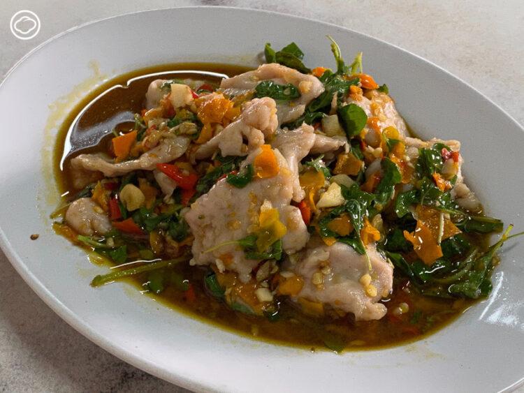 เปลี่ยนบรรยากาศการกิน ไปดูคลอง ทุ่งนา และตามรอย 10 ร้านอาหารอร่อยโนเนมในปทุมธานี