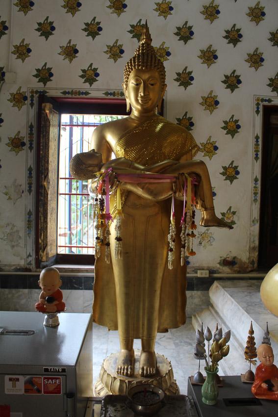 พระพุทธรูปปางพยาบาลภิกษุอาพาธ พระพุทธรูปปางประดิษฐ์ใหม่ที่มีอยู่ไม่กี่แห่งในไทย