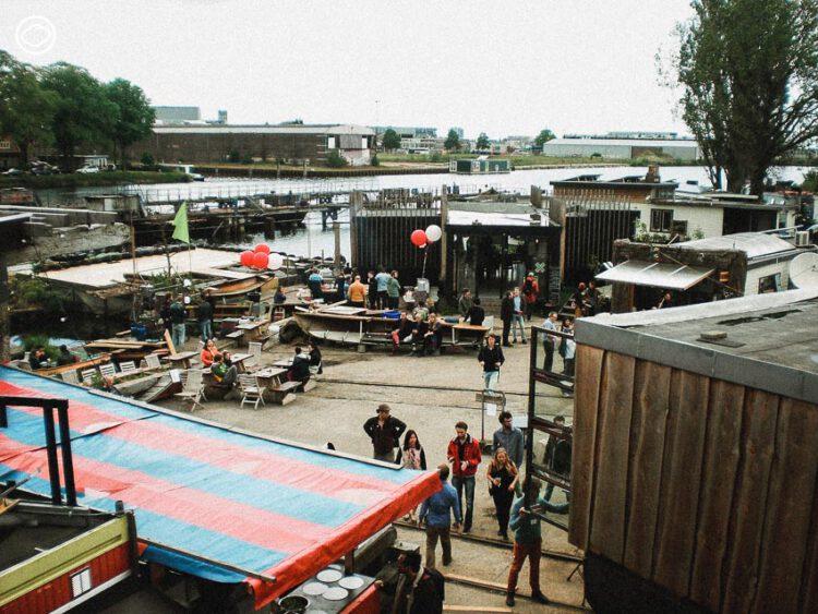 De Ceuvel  อัมสเตอร์ดัม เนเธอร์แลนด์ ท่าจอดเรือมลพิษตกค้างที่ชาวดัตช์ใช้พืชบำบัดดินแล้วเปลี่ยนเป็น Public Space