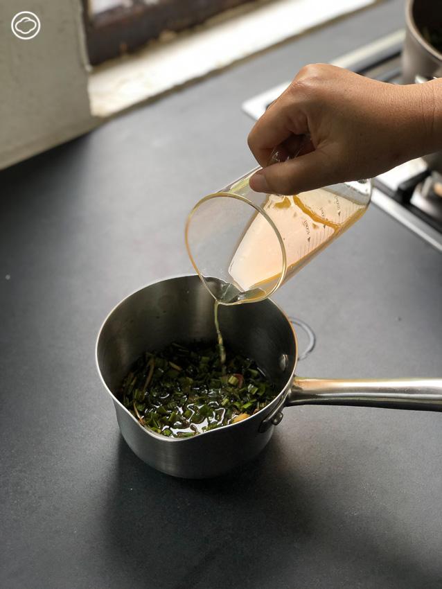 ชวนหยิบตะกร้าคล้องแขนข้ามท้องร่อง ไปเด็ดดอกไม้ในสวนมาเข้าครัวทำ สลัดดอกไม้