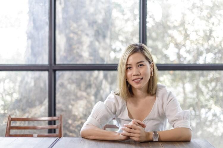 น้ำตาล-ภัทรานิษฐ์ โพธิยารมย์ เป็นเจ้าของธุรกิจ Wine Citizen Chiang Mai
