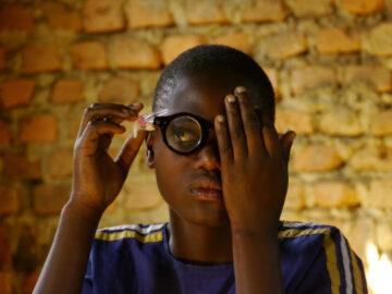ADSPECS การออกแบบแว่นที่ตั้งใจแก้ปัญหาสายตาให้คนด้อยโอกาส 1 พันล้านคน, แว่นตาปรับระยะ