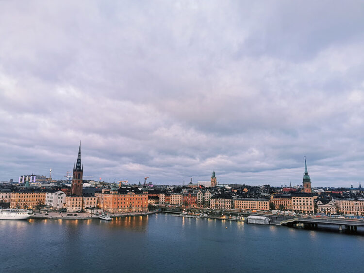 สู้ COVID-19 สไตล์สวีเดน สวนกระแสชาติตะวันตกด้วยการไม่ประกาศ Lockdown