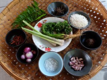 ต่าพอเพาะ อาหารปกาเกอะญอ ที่พาคนยุคก่อนผ่านยุคข้าวยากหมากแพง จนเป็นอาหารที่มีทุกบ้าน