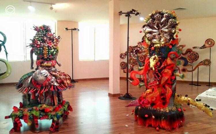 เอ๋-วิชชุลดา ปัณฑรานุวงศ์ ศิลปินผู้เปลี่ยนเศษขยะในบ้านให้เป็นงานประติมากรรม