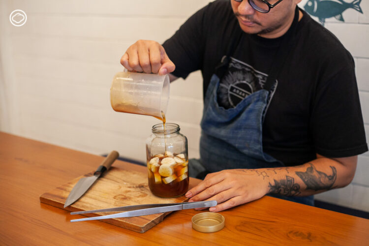 แปลงน้ำผึ้งเดือน 5 ไว้กินเป็นยาบรรเทาอาการตามตำราเก่าแก่, วิธีทำยาจากน้ำผึ้ง, น้ำผึ้งมะนาว
