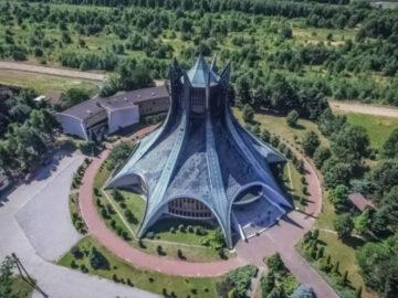 โบสถ์โมเดิร์นสมัยสงครามเย็น เมื่อยุคอวกาศเปลี่ยนโฉมหน้าโบสถ์ทั่วโลกให้ทันสมัย