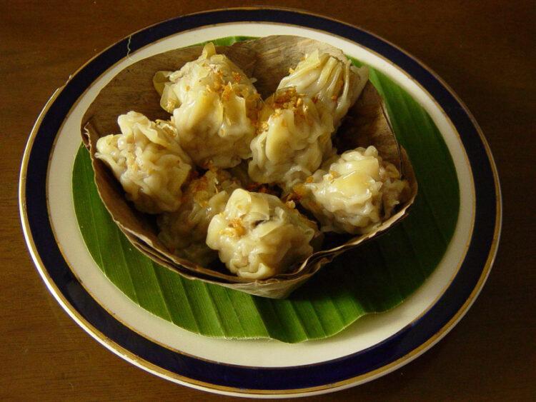 เมี่ยง หมึกย่าง หมูโสร่ง ของกินเล่น ในอดีตที่ทำลให้รู้ว่าคนไทยจริงจังเรื่องกินไม่ใช่เล่น, ขนมจีบ