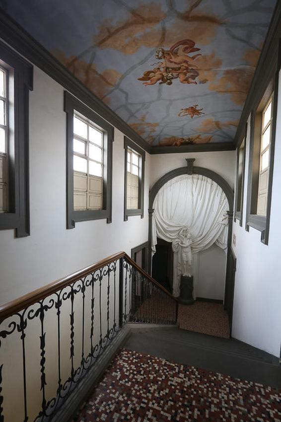 เช็กอิน Villa Camerata โฮสเทลหรูราวบ้านผู้ดีโบราณสไตล์ฟลอเรนซ์ในราคายาจก