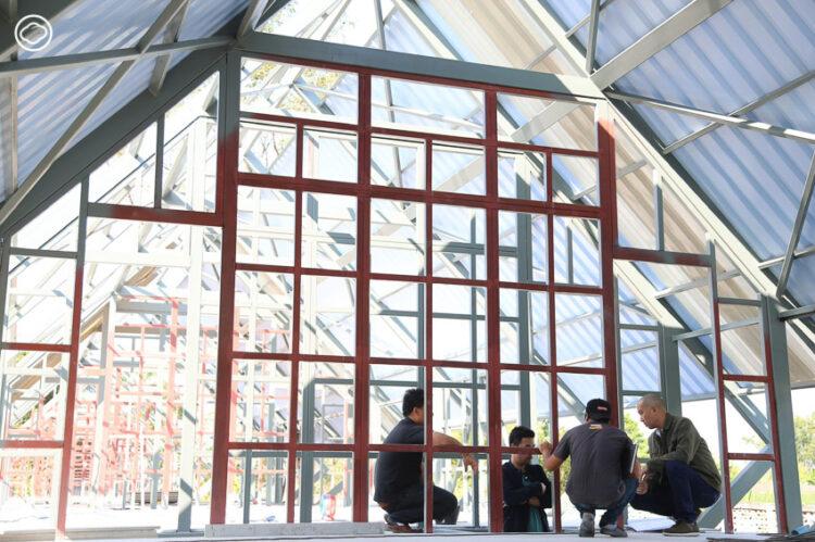 วรุตม์ วรวรรณ สถาปนิกที่เยียวยาผู้ประสบภัยด้วยงานออกแบบจากวัสดุและภูมิปัญญาท้องถิ่น