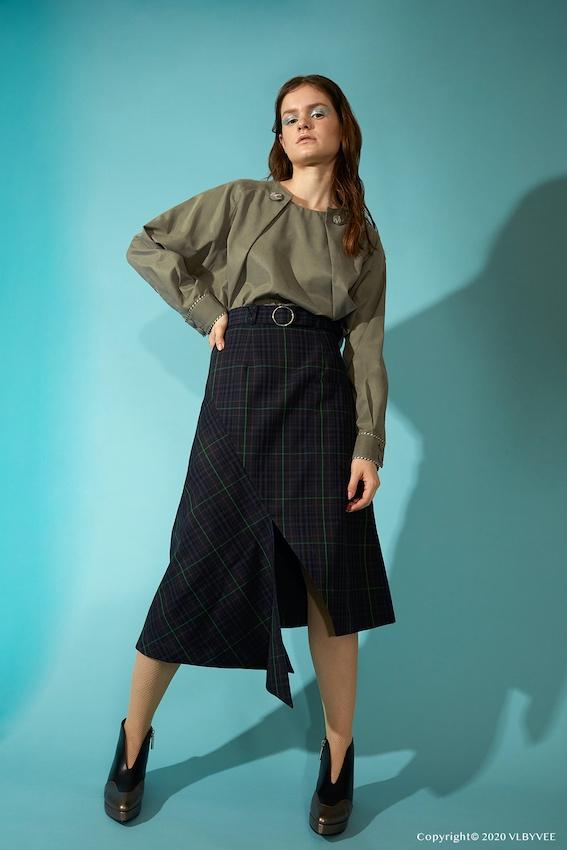 เข้าห้องเสื้อ VL BY VEE ลองชุดและลองคุยว่าทำไมเป็นแบรนด์ไทยขายดีที่ดังมากในญี่ปุ่น, วี-ฮิโรกะ ลิมวิภูวัฒน์
