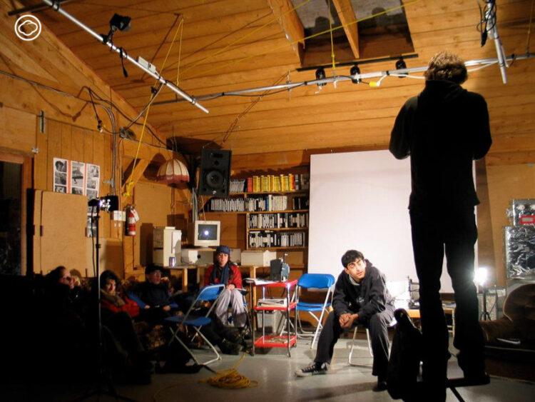 GIFTS โรงเรียนสอนทำหนังบนเกาะในแคนาดาที่สอนตั้งแต่วิธีใช้กล้องจนถึงการกำกับโดยมาสเตอร์, Gulf Island Films & Television School