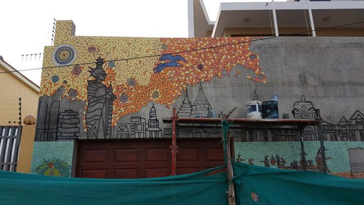 ศิลปะโมเสก กำแพง สถานทูตไทย ณ กรุงมาปูโต ประเทศโมซัมบิก