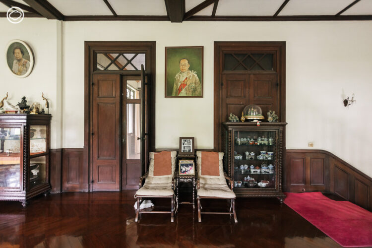 ตำหนักทิพย์ : บ้านสไตล์ Tudor Revival อายุ 87 ปีของ 'เสด็จพระองค์อาทร'