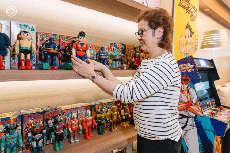 3 แม่ลูก สะสมของเล่นญี่ปุ่น หุ่นสังกะสี จนถึงตู้เกม สานฝันวัยเด็กของแม่ที่ห้างไดมารู