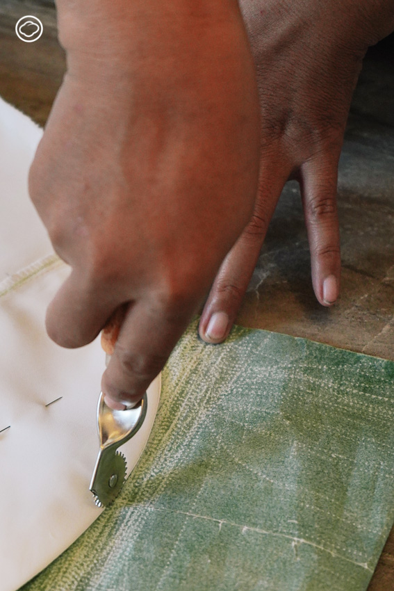 ห้องเสื้ออึ่งอ่างปาจิงโก๊ะโอ๊บโอ๊บ จากช่างที่เรียนตัดผ้า 3 วันสู่ผู้ชนะรางวัลชุดนางงาม