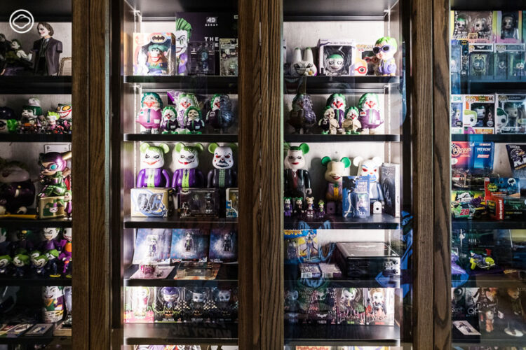 เปิดห้องลับของ ดีเจเผือก พงศธร จงวิลาส ดูของสะสม Joker ตั้งแต่ฝาแชมพู สเก็ตบอร์ด จนแผ่นมาส์กหน้า