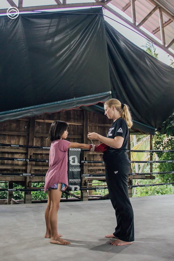 มะลิ วัฒนะยา สาวแคนาดาผู้ฝึกให้เด็กในพื้นที่ห่างไกลเข้าถึงชีวิตที่ดีกว่าด้วยมวยไทย, ค่ายมวย ว.วัฒนะ