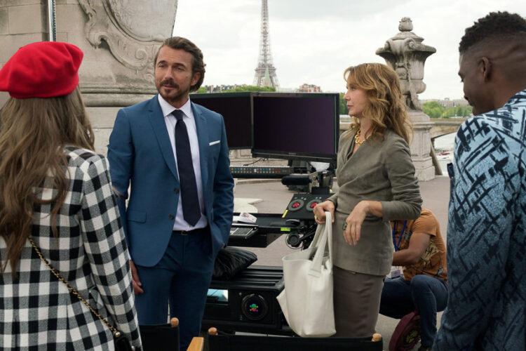 Emily in Paris : Culture Shock ของสาวอเมริกันในปารีสที่จุดให้คนถกเถียงเรื่องวัฒนธรรมข้ามทวีป
