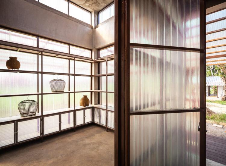 Kaeng Krachan Library ห้องสมุดกลางหุบเขาในแก่งกระจานที่เชื่อมความรู้ ผู้คน และธรรมชาติ เข้าหากัน