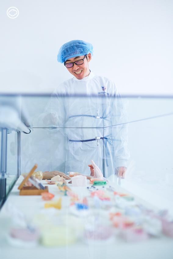 อะไหล่มนุษย์ ภารกิจประดิษฐ์อวัยวะเทียมโดยหมอฟัน เติมเต็มชีวิตผู้ป่วยด้อยโอกาสนับหมื่น, มหาวิทยาลัยมหิดล