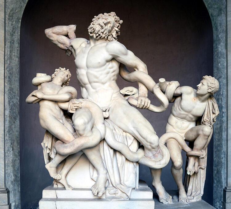 'รอยสักอาชญากร' ที่สร้างบุคลิกใหม่ให้ประติมากรรมศักดิ์สิทธิ์รอบจัตุรัสเมือง Pietrasanta, Fabio Viale, Laocoön and His Sons