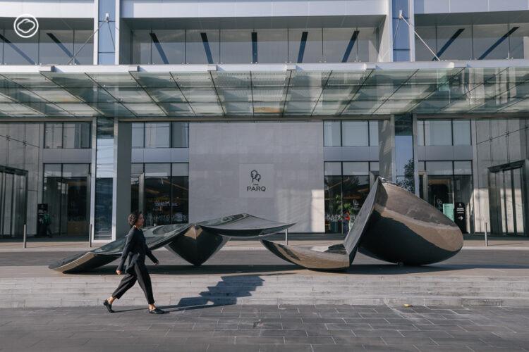 The PARQ อาคารออฟฟิศที่ให้ความสำคัญกับศิลปะ จนยกทั้งฟลอร์มาจัดงาน BAB 2020, ปุ๋ม-จรินทร์ทิพย์ ชูหมื่นไวย