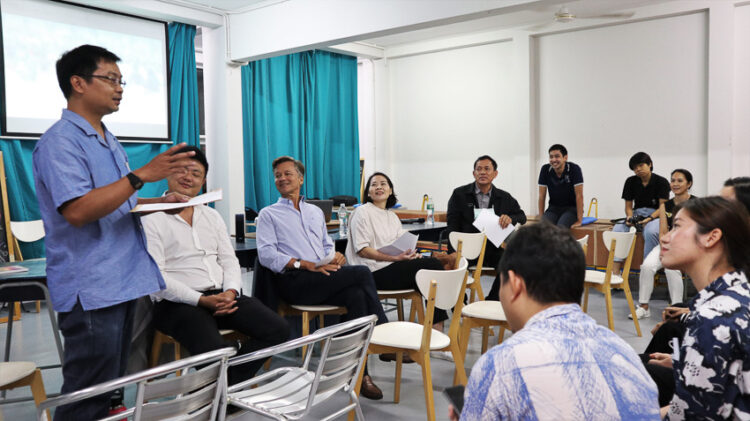 Nang Loeng Hackathon : Plastic recycling stations and other creative ideas for old town redevelopment.