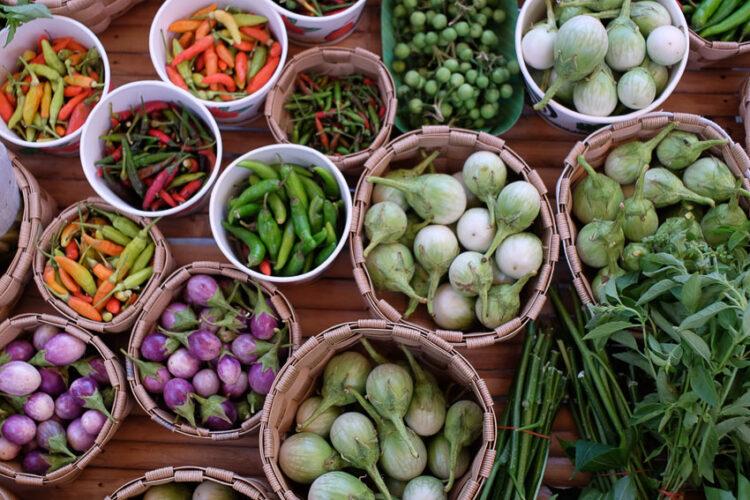 5 ตลาดเกษตรอินทรีย์ที่รวมผลิตภัณฑ์ดีต่อกายใจ และได้สนับสนุนเพื่อนที่เกื้อกูลกัน