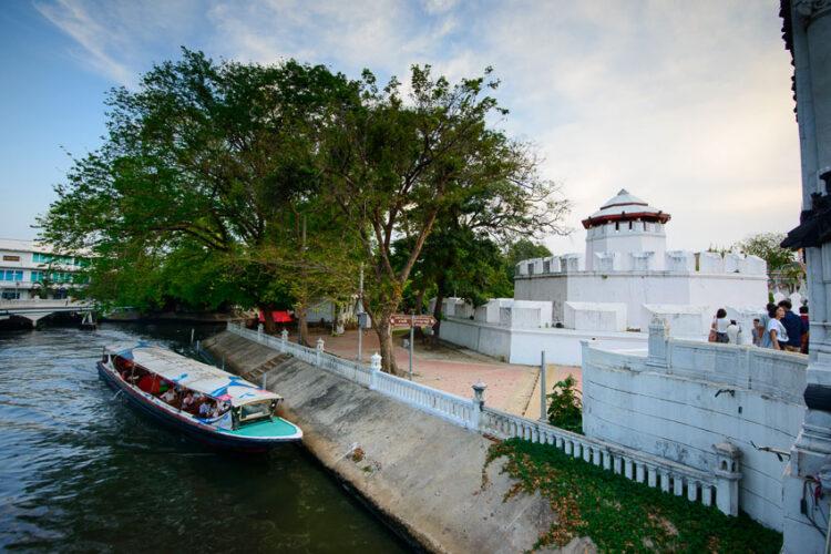 โรงลิเกป้อมมหากาฬ : อดีต Bangkok Opera House แบบท้องถิ่นที่เปิดเวทีดีเบตให้สังคมไทย