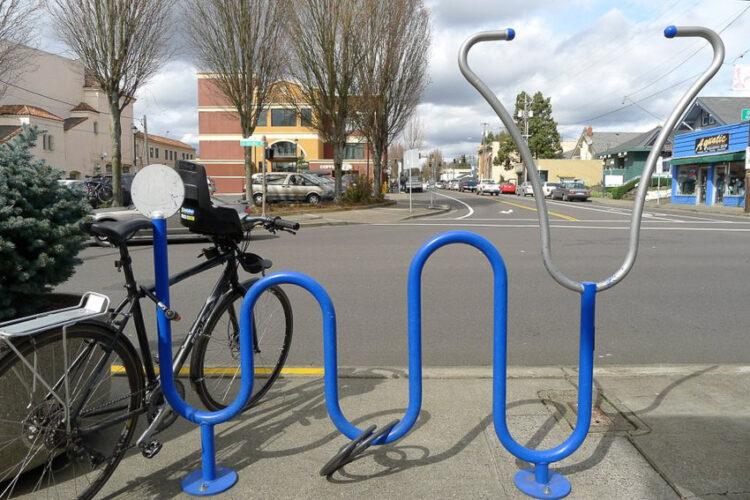 อดีตเด็กจักรยานหาย ผู้เปลี่ยนพอร์ตแลนด์ให้มีที่จอดจักรยานแฟนซีสุดในอเมริกา
