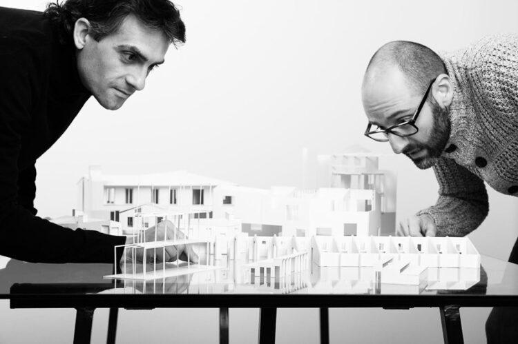 เอดวร์ด คาลลิส (Eduard Callís) และ กิลเลม โมไลเนอร์ (Guillem Moliner)