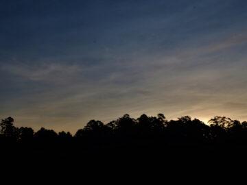 ปกาเกอะญอเชื่อว่า ห่อโข่ คือดาวโลก ที่ที่ทุกคนร้องไห้ เพราะน้ำตาบอกว่าเรามีชีวิต