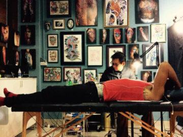 จากพอร์ตแลนด์สู่เชียงใหม่ เส้นทางการเป็น Tattoo Artist มืออาชีพในเมืองไทยและอเมริกา