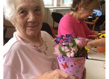 เรื่อง social enterprise ของนักจัดดอกไม้ชาวอังกฤษที่ช่วยให้ทุกคนเข้าถึงดอกไม้ ลดขยะ และให้โอกาสเด็กผู้กระทำผิด