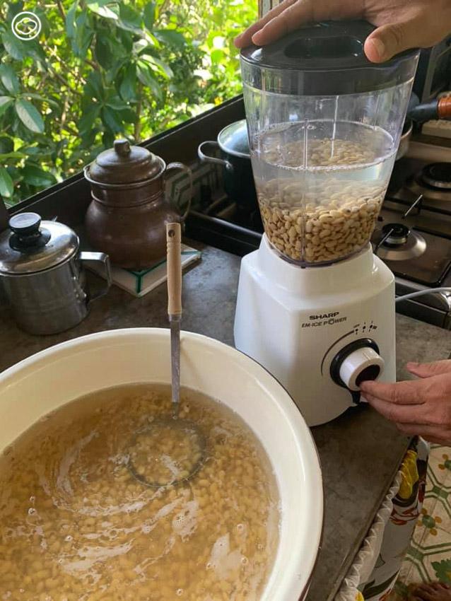 สอนทำน้ำเต้าหู้และเต้าหู้ออร์แกนิก เมนูอร่อยจากถั่วเหลืองที่ทำง่ายมาก