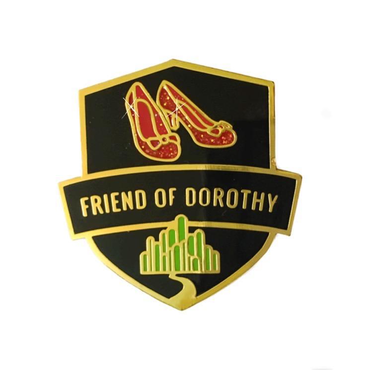 การโบกสะบัดที่ยังไม่จบสิ้นของธงสีรุ้ง เส้นทางของ 'เพื่อนของโดโรธี' และประสบการณ์ Come Out ของผู้เขียน