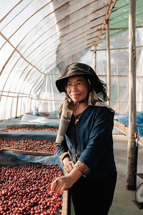 บงกชษศฎา ไชยพรหม หรือ โสภา ผู้ชนะการประกวด Thailand Specialty Coffee Awards ปี 2018 ส่งกาแฟแม่เทย อมก๋อยจาก Sopa's Estate