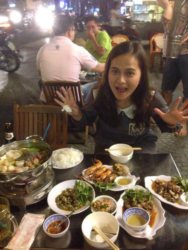 ประสบการณ์แสนสนุกของ อุมาภรณ์ สุขหวาน อาสาสมัครเพื่อนไทย กับงานสอนภาษาไทยให้นักศึกษาที่เวียดนาม