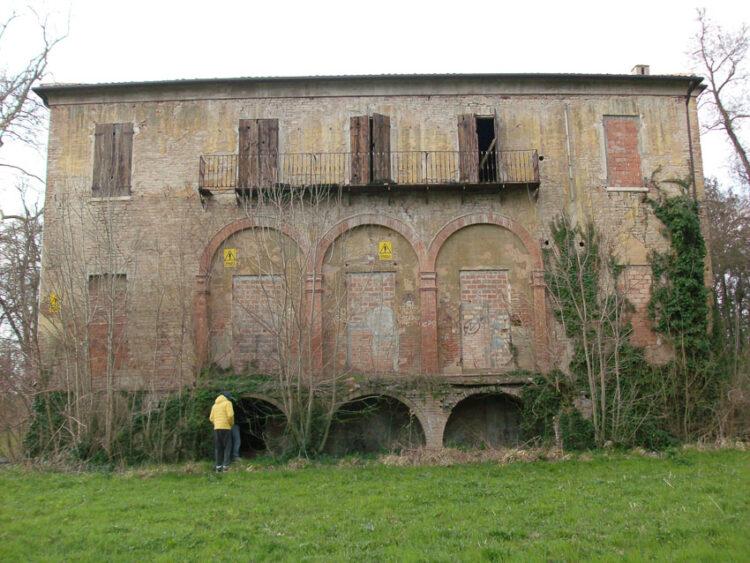 เคหาสน์มัญโญนี จังหวัดแฟร์รารา (Magnoni, Ferrara)