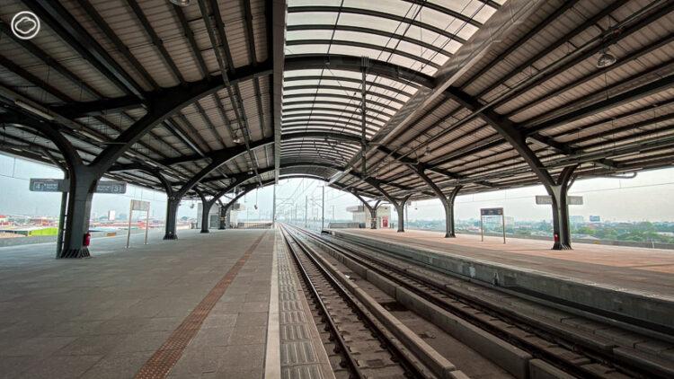 รู้จัก 'หนูแดง' รถไฟฟ้าชานเมืองสายสีแดง พร้อมเปิดให้บริการวิ่งรอบกรุงเทพฯ
