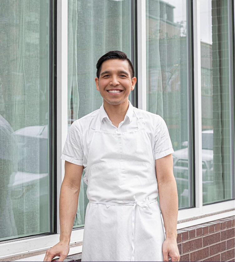 คุยกับเชฟอเมริกันเชื้อสายเวียดนาม เส้นทางชีวิตที่พลิกผันจากกุมารแพทย์ สู่เจ้าของร้านอาหาร Fine Dining ที่ยืนหยัดได้ในยุคโรคระบาด
