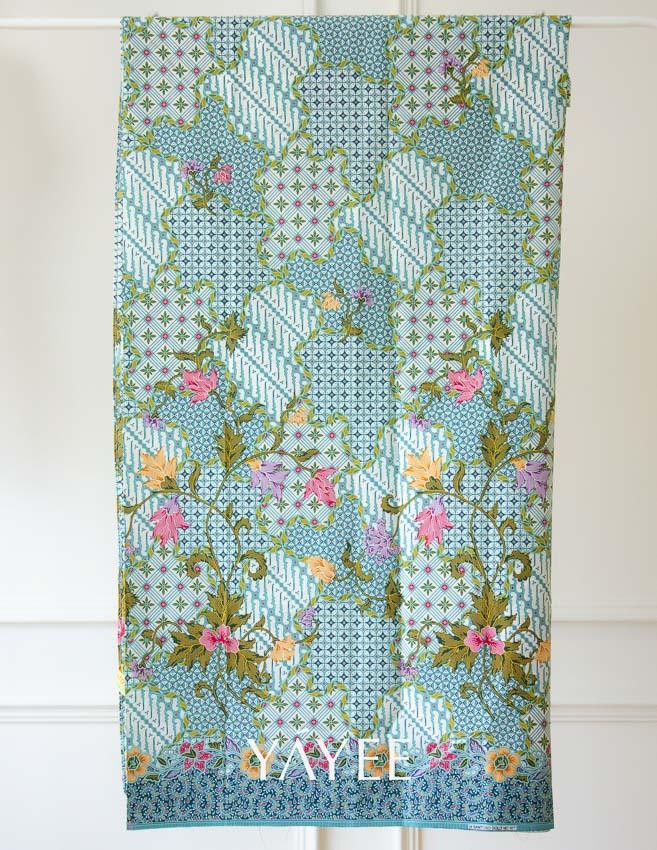 ชุดผ้าปาเต๊ะ Yayee แบรนด์เสื้อผ้าท้องถิ่นของทายาทรุ่นสอง ร้านขายของที่ระลึกในภูเก็ต