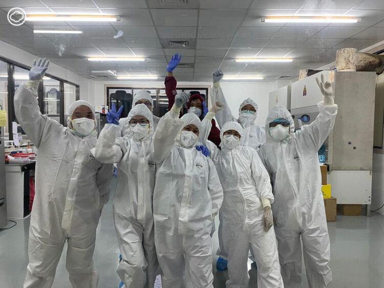 มัชฌิมาพร ส่องแสง อาสาสมัครเพื่อนไทย จากนักเทคนิคแล็บไวรัสไข้หวัดใหญ่ สู่ทีมด่านหน้าสู้โควิด-19 ของภูฏาน