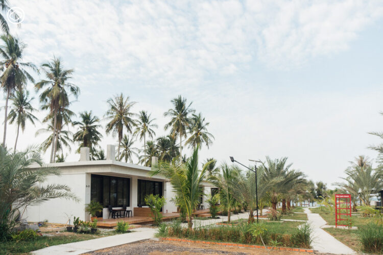 Mur-sea Resort & Restaurant, รีสอร์ตริมทะเลที่โดดเด่นเรื่องสระน้ำเกลือและ Mini Water Park