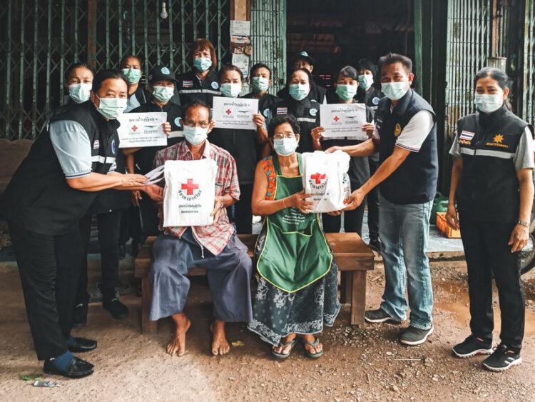 อาสาสมัครสาธารณสุขประจำหมู่บ้าน ประชาชนคนธรรมดาที่ประคับประคองระบบสาธารณสุขไปพร้อมกับบุคลากรทางการแพทย์