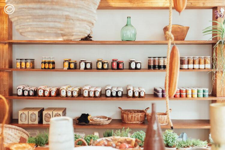 ชิมโคล่าหมักและอาหารจากอินทผลัมสด ดอกไม้และอุปกรณ์ทำสวนในร้าน Natural Selected Shop สุดโรแมนติก