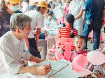 Operation Smile Thailand มูลนิธิที่มุ่งแก้ไขภาวะปากแหว่งเพดานโหว่ให้เด็กๆ ทั่วไทย สร้างตัวตนและรอยยิ้มให้ทั้งครอบครัว